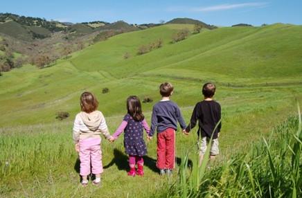 kids holding hands image